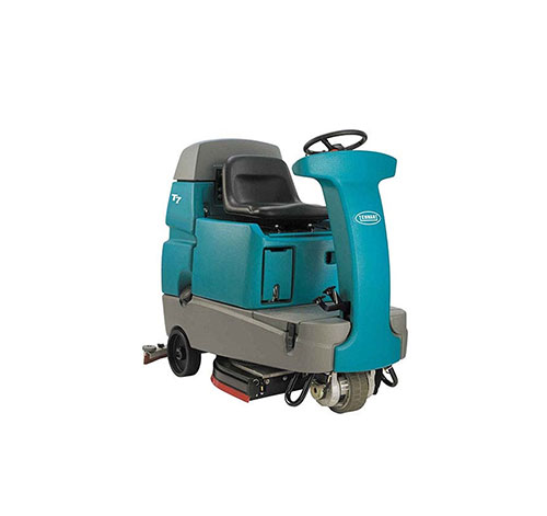 Used Tennant T7 Ride On Floor Scrubber With Fast Technology